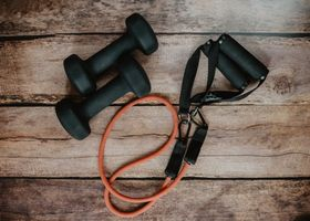 Simple equipment for training at home.
