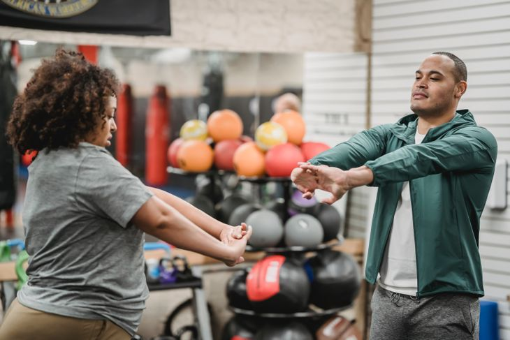 Woman working to get new personal training clients.