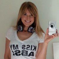 Lizzie Davis personal trainer